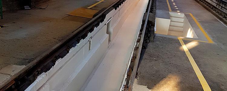 Rénovation de la peinture de la fosse d'entretien des trains aux ateliers SNCF de Fleury-les-Aubrais (45)